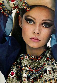 70s hippie makeup