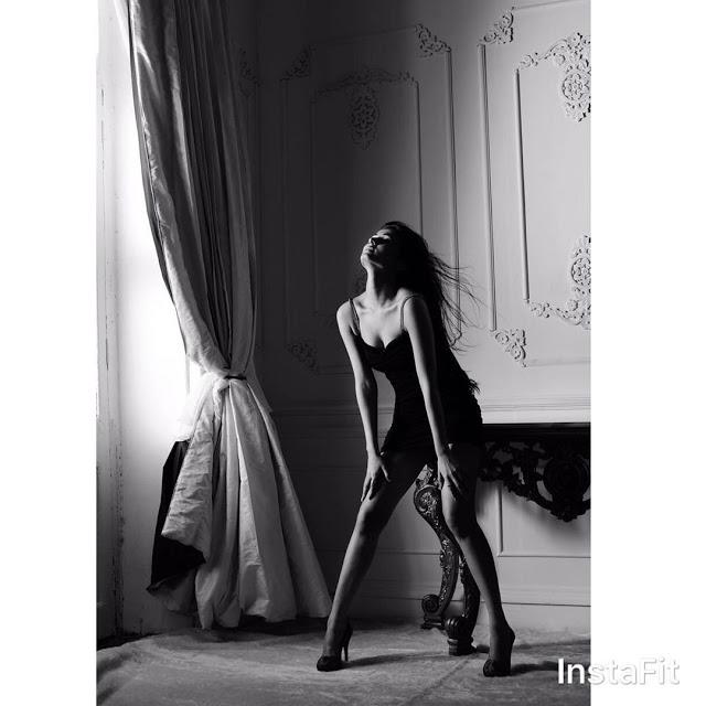 Sonal Chauhan Hot PhotoShoot 2017