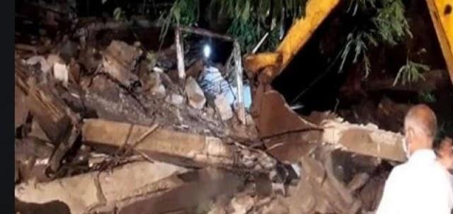 मुंबई समाचार: बांद्रा इलाके में एक इमारत गिरने से एक की मौत, पांच घायल।