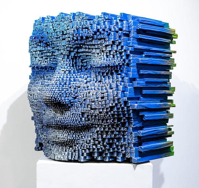 gil-bruvel-escutura-en-madera-rostros-realistas