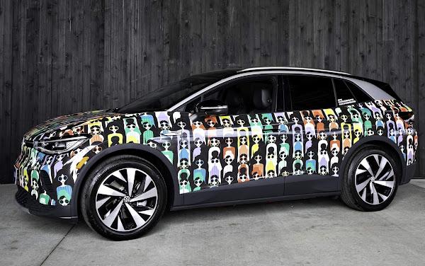 VW ID.4 com pintura especial para comemoração do Orgulho LGBTQIA+