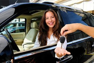 Tips dalam Membeli Mobil Bekas di Showroom Buat Pemula