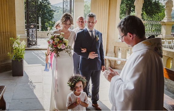 Ślub i wesele w Krakowie, ślub na wsi, ślub w stodole, wesele w stodole, wesele w spichlerzu, wesele w oryginalnym miejscu, sala na wesele Kraków, ślub w stylu vintage, ślub w stylu rustykalnym, koordynacja ślubu i wesele, organizacja ślubu i wesela, dekoracje kwiatowe ślubu, Winsa Wedding Planner, Konsultanci Ślubni Kraków, Winsa Wedding, Wesele w Dolinie Cedronu