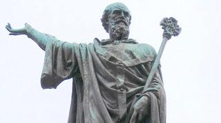 Estatua de Urbano II en Clermont-Ferrand