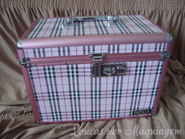 maleta de maquiagem rosa
