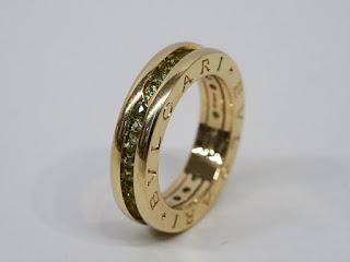 ブルガリのビーゼロ1リングをお買い取り致しました ペリドット入りの涼し気な指輪です