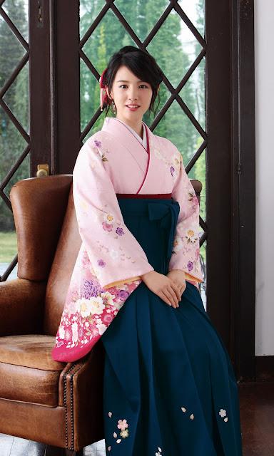 Nanami Sakuraba Japanese Hakama