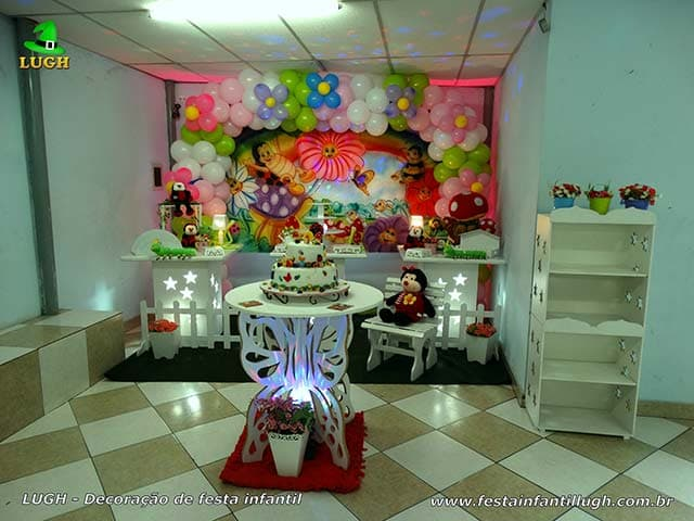 Decoração tema Jardim Encantado para festa de aniversário - Jaqcarepaguá RJ