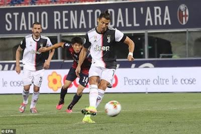 Ronaldo quên nỗi buồn mất cúp, bùng nổ tái xuất Serie A cực chất 5