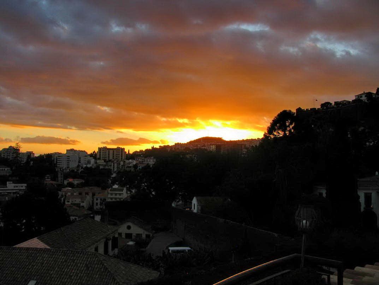 June sunset month