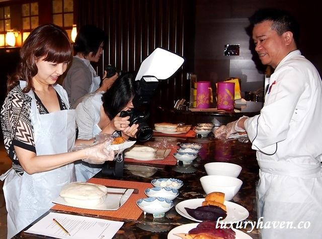 resorts world sentosa mooncake making workshop