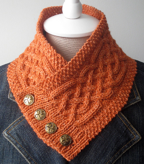 Celtic Cable Neckwarmer - Free Pattern