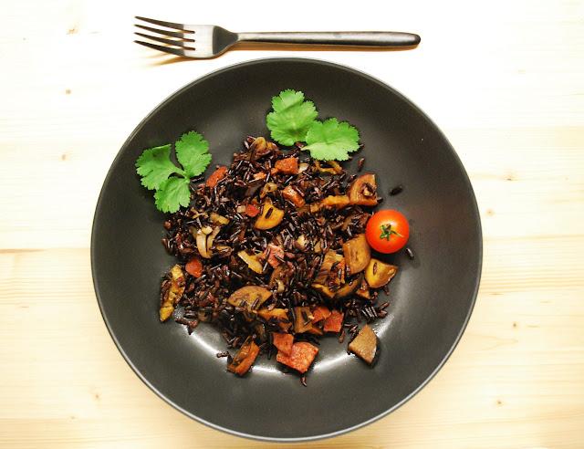 Aubergines chorizo riz noir