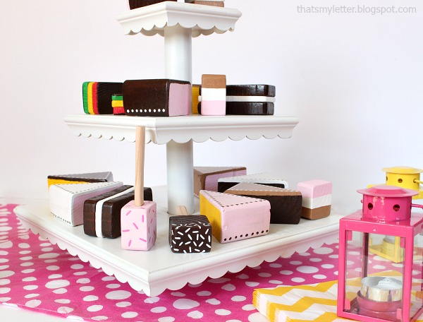 diy wood dessert stand