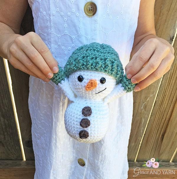 Free Snowman Crochet Pattern | Snowman Applique Crochet Pattern | 607x600