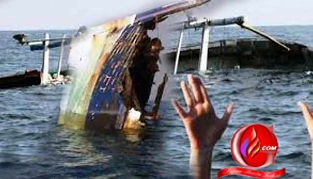 Duka Selimuti Kedatangan Korban Kapal Tenggelam