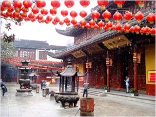 วัดพระหยกขาว (Jade Buddha Temple)