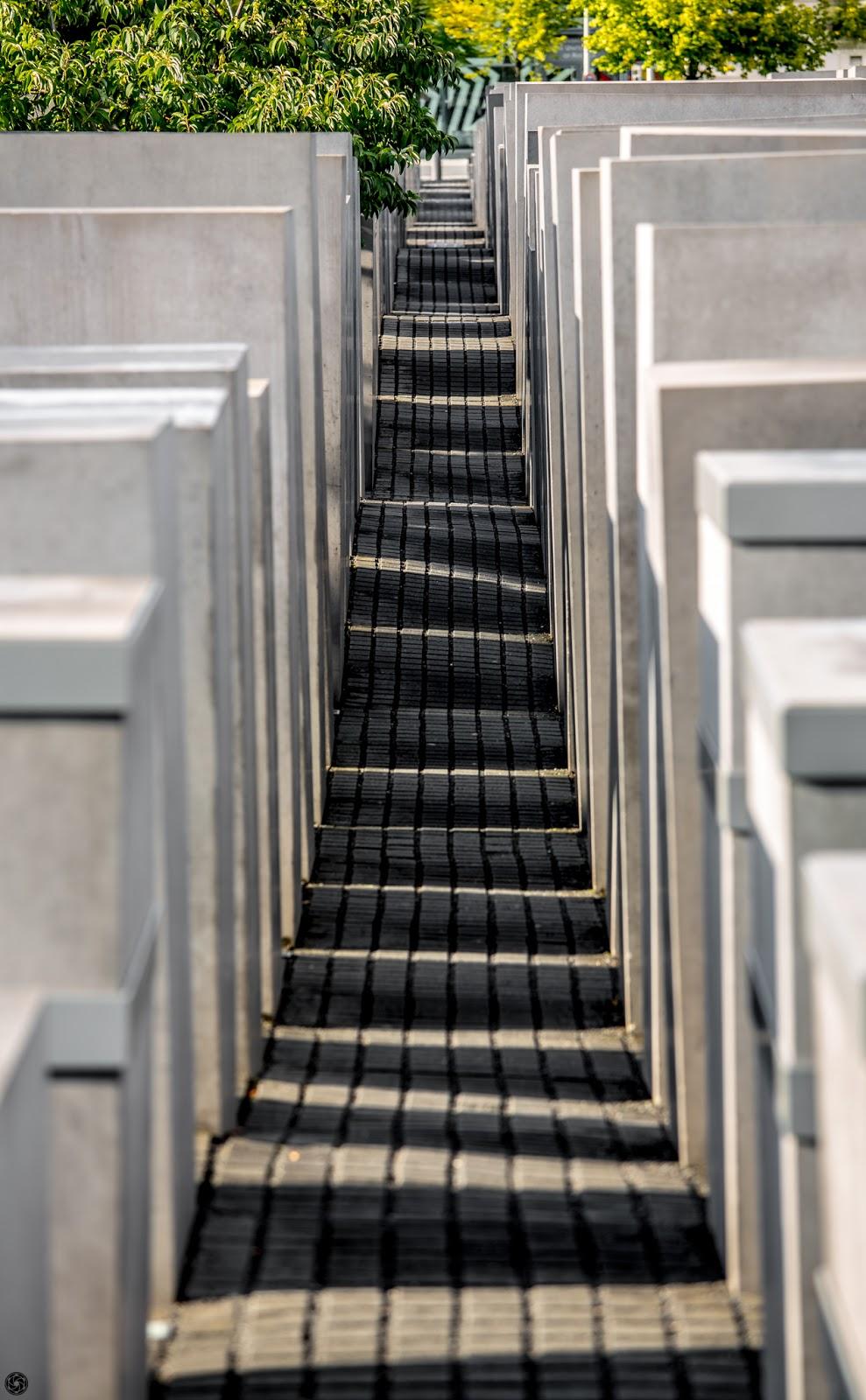 Monumento en memoria del holocausto judío en Berlín :: Canon EOS5D MkIII | ISO100 | Canon70-200 @150mm | f/4.5 | 1/100s
