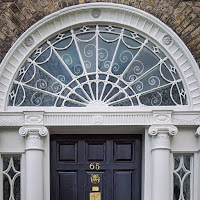 Dublin Images: fanlight of a Georgian door