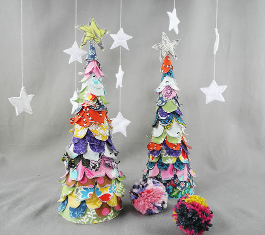 DIY Christmas Craft: Fabric & Glitter Christmas Tree Decoration