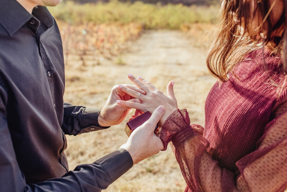 How To Make That Special Engagement Ring More Meaningful
