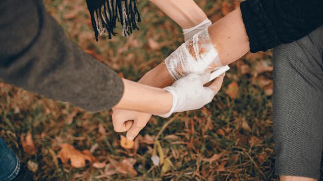 Membantu menyembuhkan luka