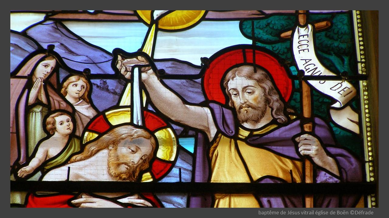 baptême de Jésus vitrail église de Boën ©Défrade