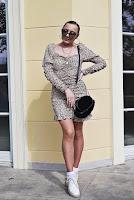 https://www.karyn.pl/2020/05/sukienka-w-panterke-z-bufistymi-rekawami.html