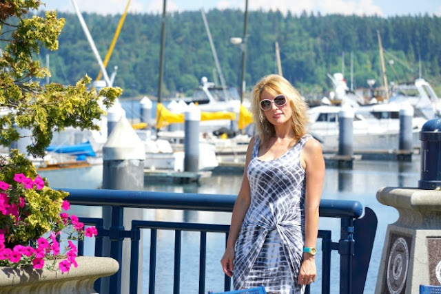 fashion, fashionblogger,seattlestyleblogger,fashionover40,tankdress,howtostyleatankdress,