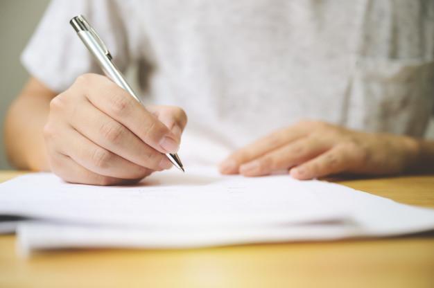 8+ Langkah-Langkah Menulis Cerpen | Bahasa Indonesia Kelas IX (Revisi)