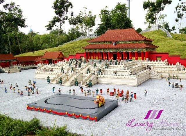 legoland theme park miniland great wall china