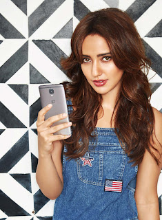 Neha Sharma goes tech savvy for Exhibit Magazine January 2017