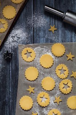 Délicieuse recette de petits biscuits fourrés à la crème de citron