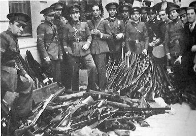 Sublevación socialista-separatista revolucionaria en 1934.