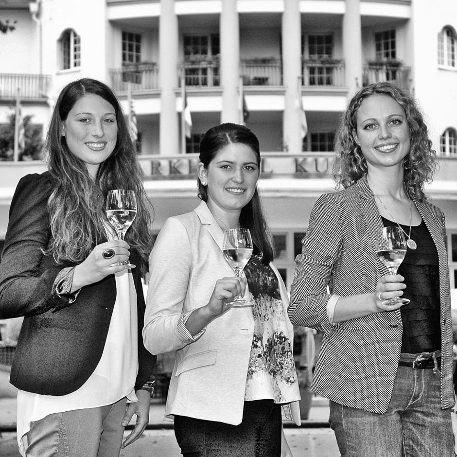 Die Kandidatinnen für die Wahl der Naheweinkoenig 2014 / 2015