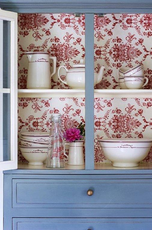 Cosas de palmichula forrar muebles con papel pintado for Papel pintado para salon blanco