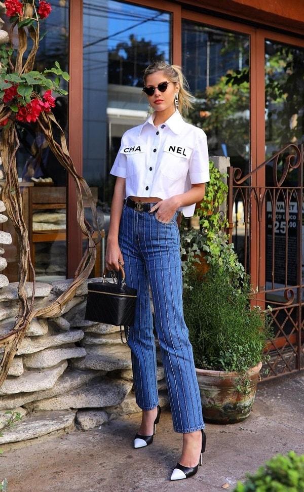 Lala Rudge look com calça jeans