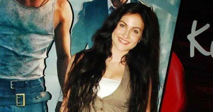 Actress Elli Avram Spicy Hot Photos | HOT ACTRESS PHOTOS