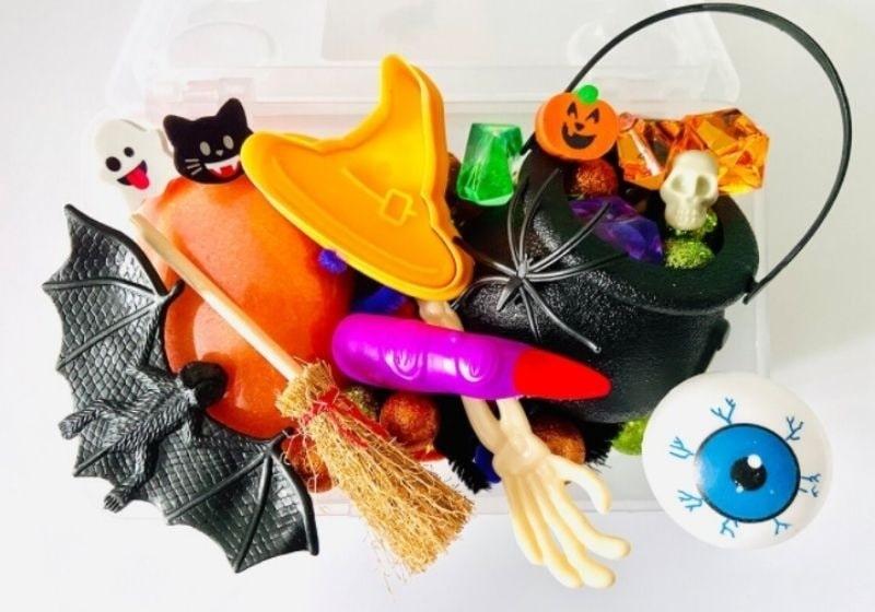 halloween playdough witches kit