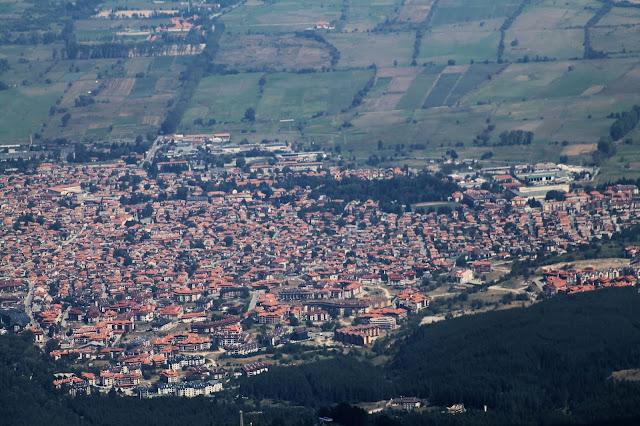 Три панорамни снимки на град Банско