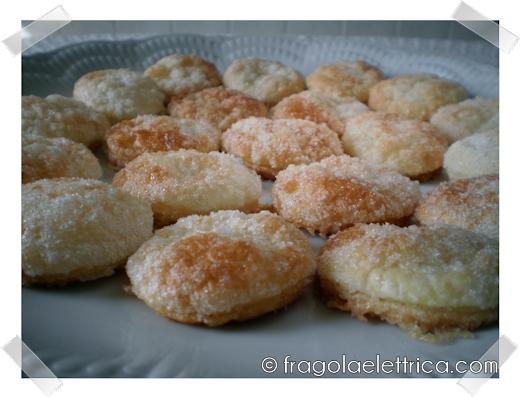 Biscotti di pasta sfoglia veloci foto ricetta fragola for Ricette pasta veloci