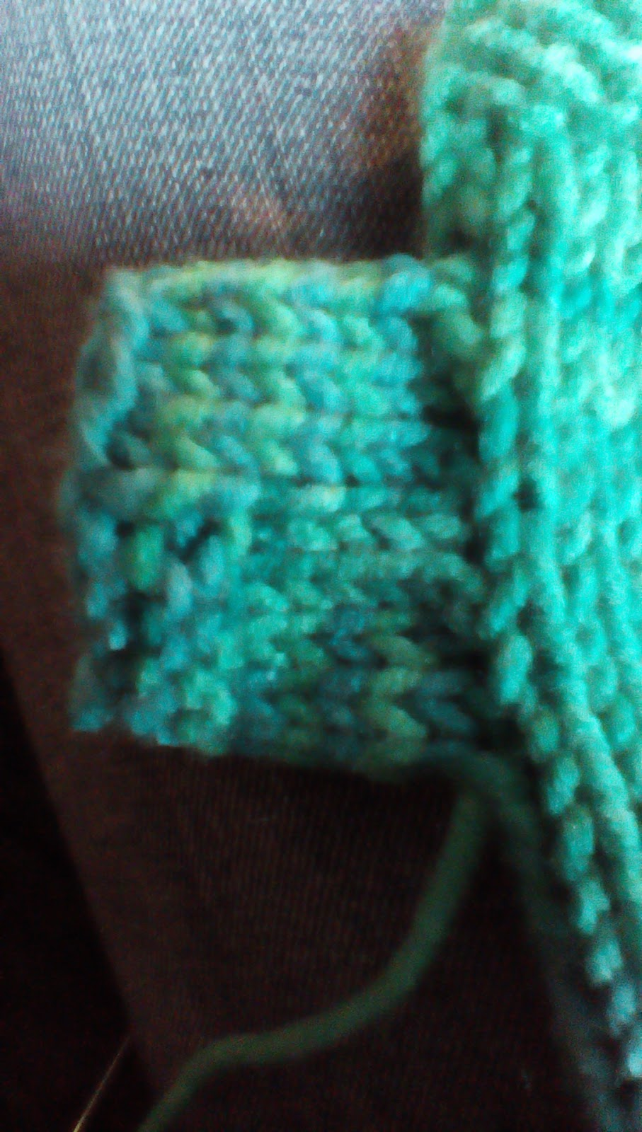 Pick Up Knit Stitches Thumb Hole : troutwife: Fingerless gloves easy knitting pattern :)
