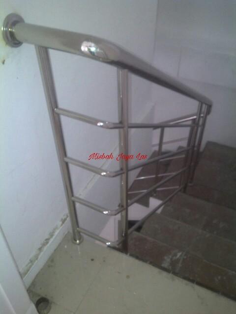 Reling tangga Stenliss Bogor