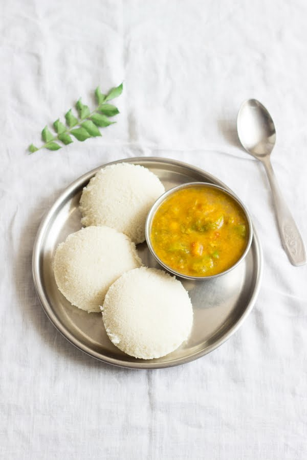 How to make idli with idli rava rice rava recipe at www.oneteaspoonoflife.com