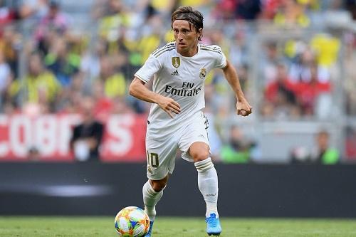 مودريتش: أستطيع اللعب لأعوام أخرى وأتمنى الاعتزال في ريال مدريد