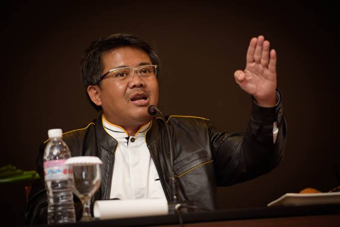 Postingan 'Mensesneg Revisi Pernyataan Fadjroel' Hilang, Presiden PKS: Kenapa Twitter Tidak Ditutup Sekalian?
