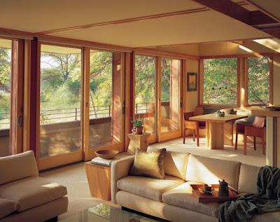 Jendela Ukuran Besar Pada Rumah