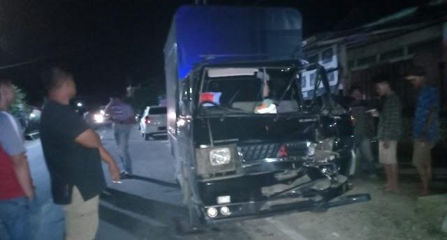 Mobil Angkut Keripik Sanjai Kecelakaan di Siulak, 2 Orang Dilarikan ke RSU