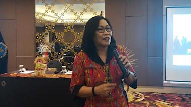 Bersama BNN Kota Denpasar, Santy Sastra Sampaikan Materi Public Speaking Kepada Kader Desa Peduli AIDS dan Narkoba (KDPAN)