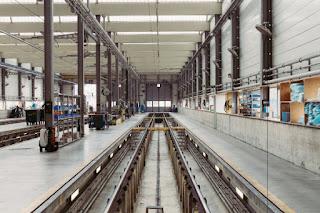 Un hangar pour train
